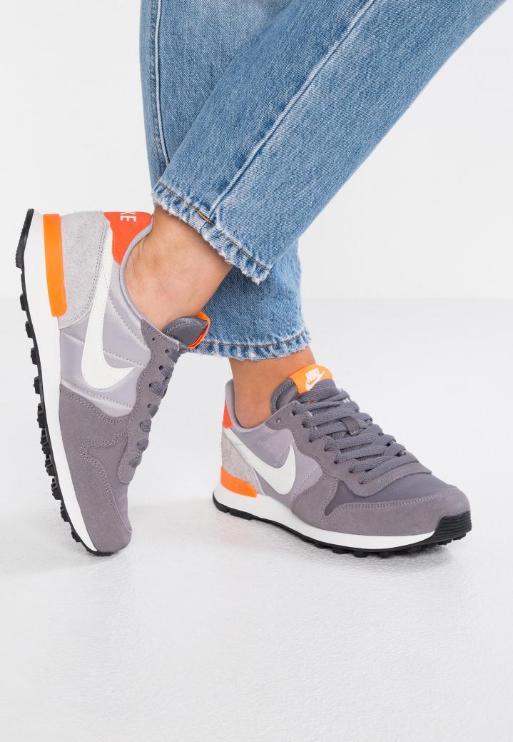 Asado inercia cambiar  Nike Internationalist - Nike Ventas Para Hombre & Mujer - Education Lamp